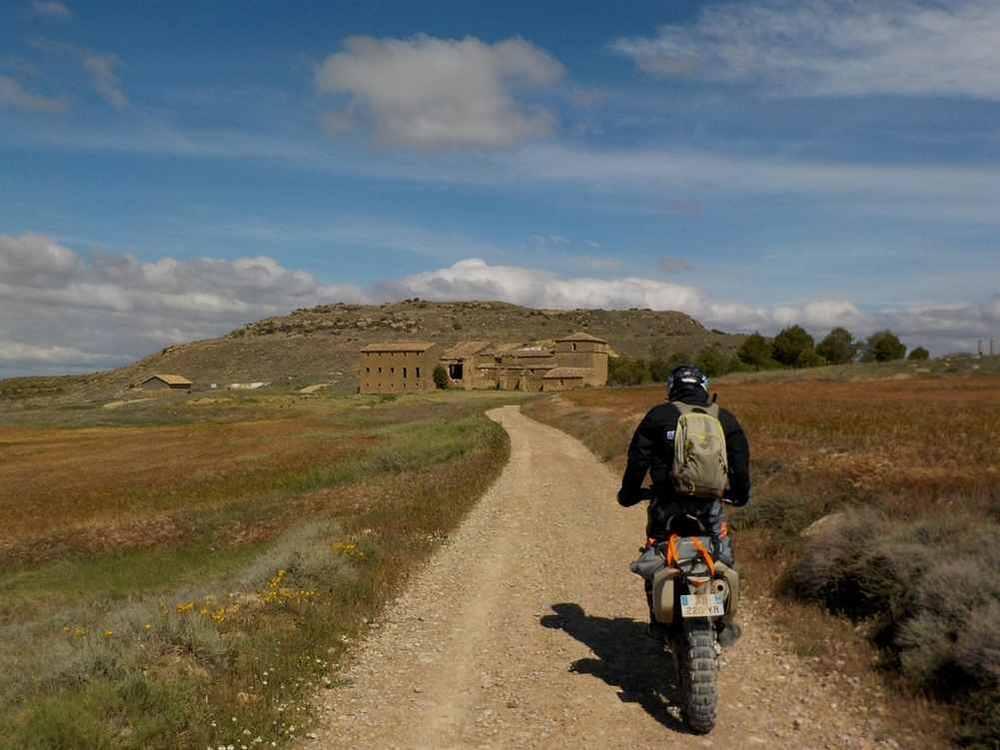 balade à moto désert des bardenas fin mai 2019